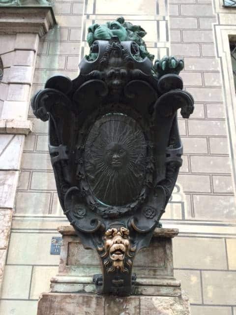 Bronze lions Residenz