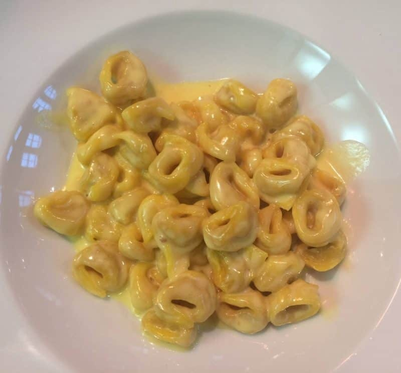 Tortellini with parmesan cream
