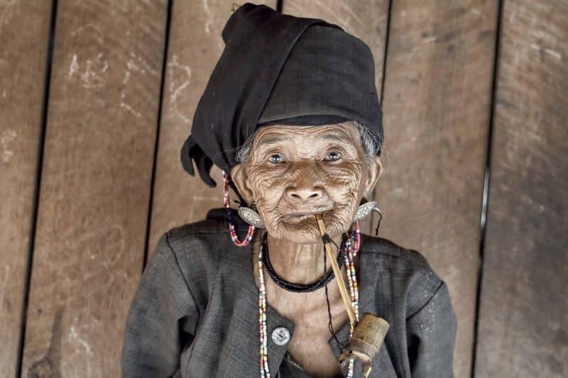 AKHU WOMAN MYANMAR