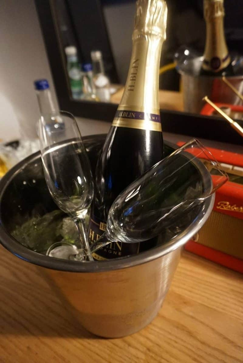Champagne room service