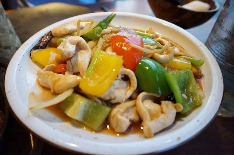 Chicken with cashew nuts from Patara