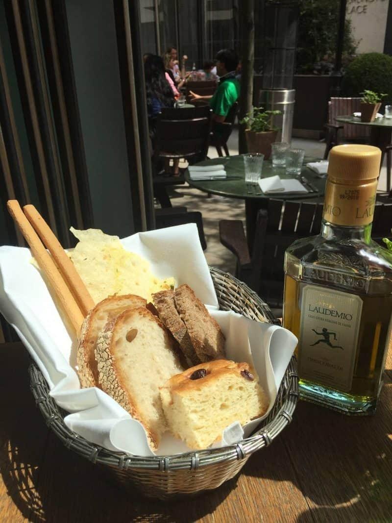 Bread basket at Frescobaldi