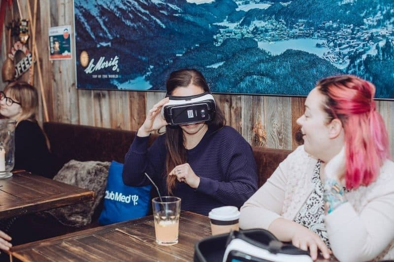 Club Med VR headsets