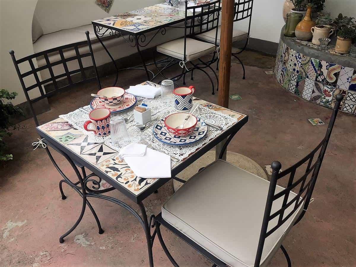 Breakfast table at Casa Buonocore