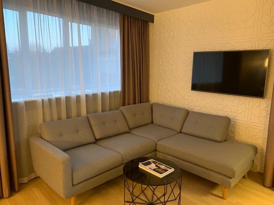 Lounge area in junior suite