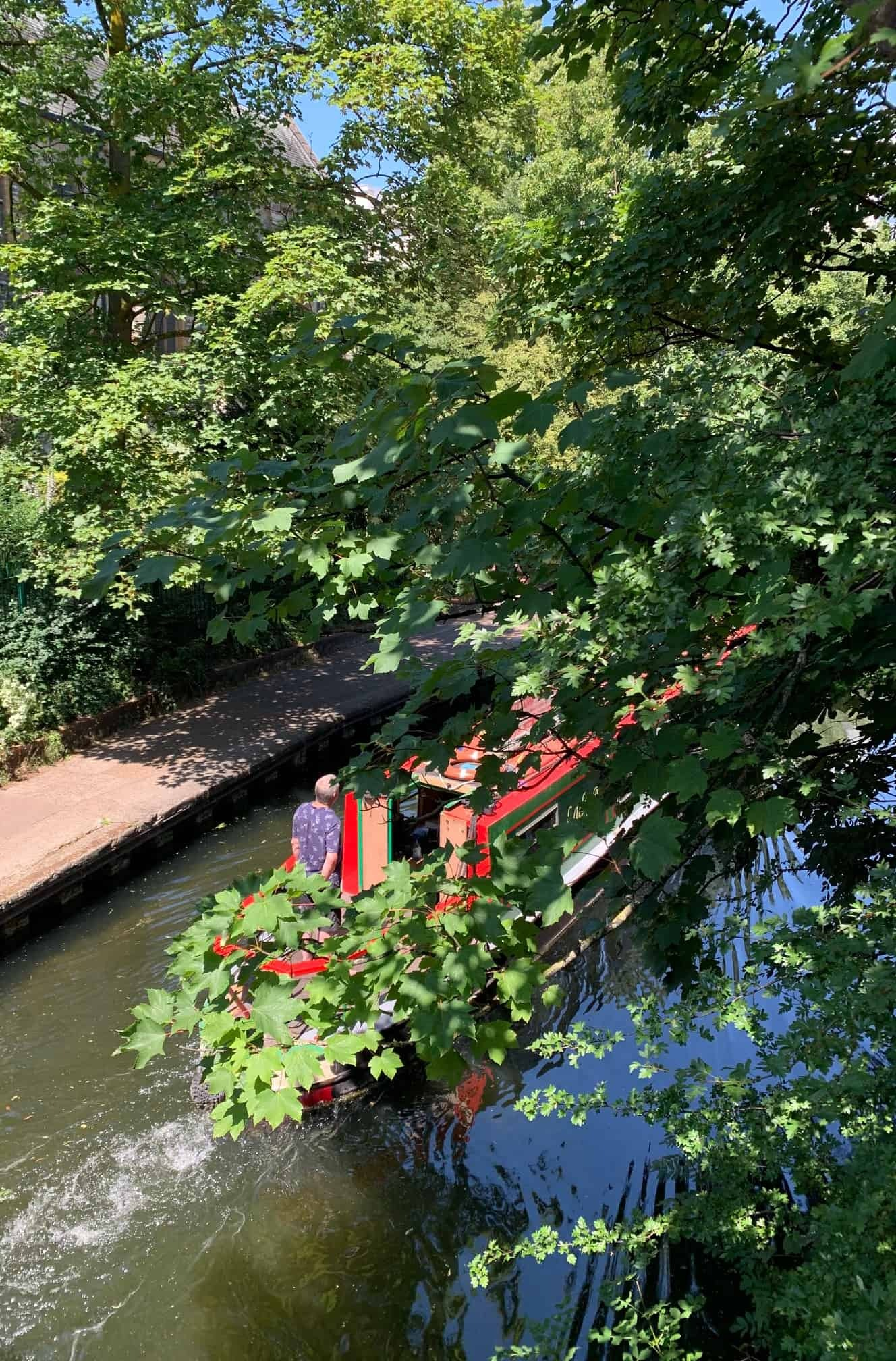 A barge in Regents Canal