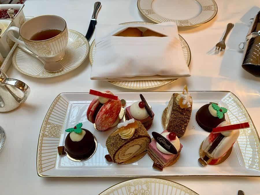 Festive cakes at The Landmark afternoon tea