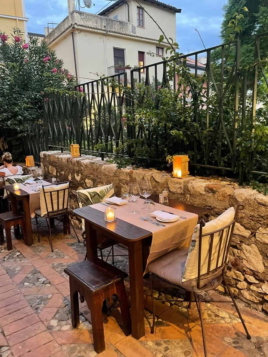 Charming outside tables at Osteria RossoDiVino